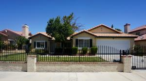 Property for sale at 3165 Shale Road, Palmdale,  CA 93550