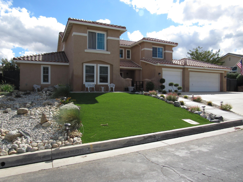 5560  Avenida Entrada, Palmdale, California