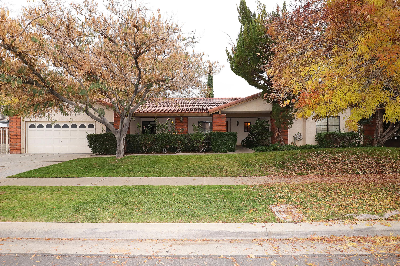 408  Bogie Street, Palmdale, California