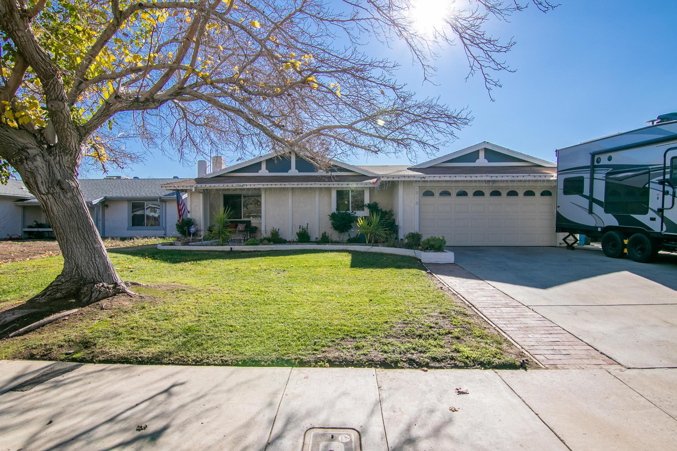2818 E Avenue R13, Palmdale in Los Angeles County, CA 93550 Home for Sale