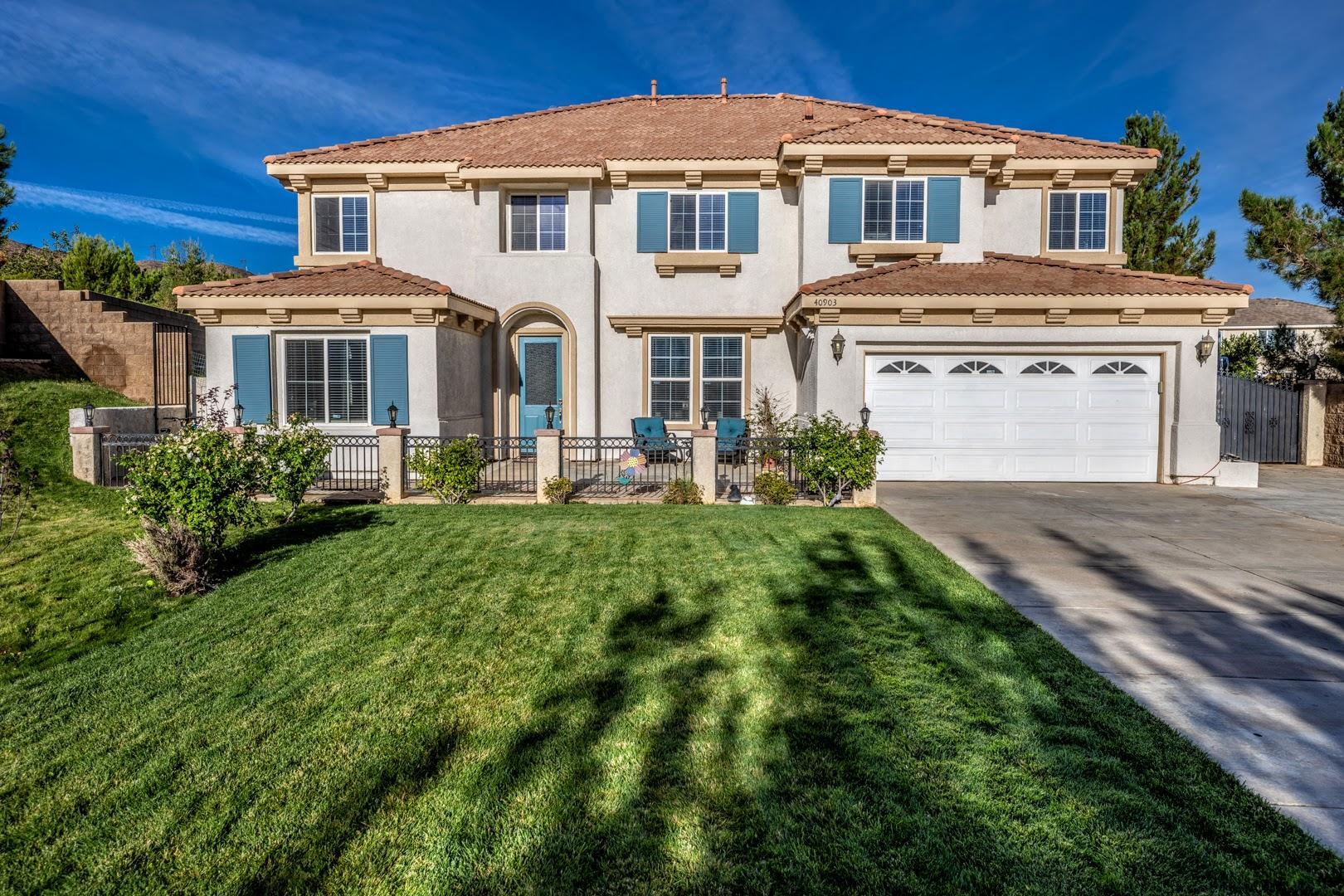 40903  Knoll Drive, Palmdale, California