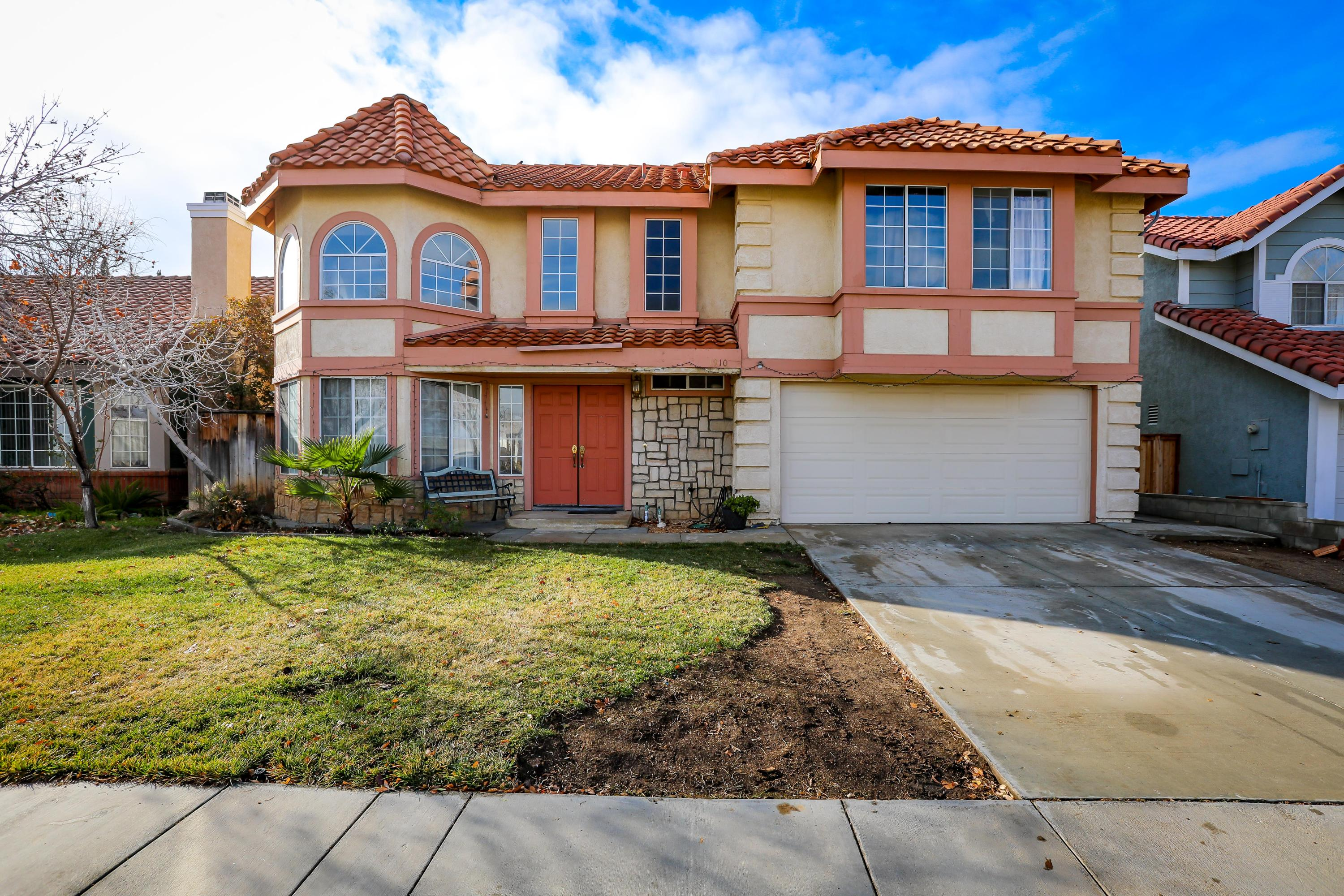 1910  Spanish Broom Drive, Palmdale in Los Angeles County, CA 93550 Home for Sale