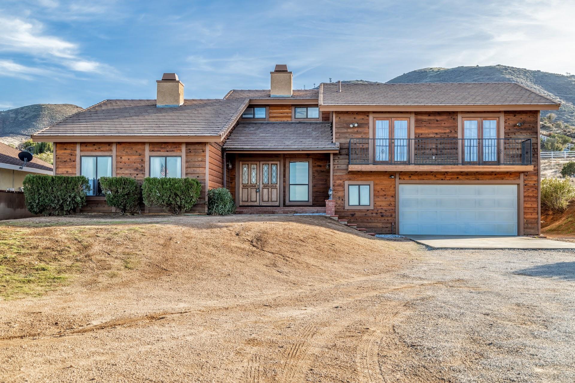 844  Hacienda Drive, Palmdale, California