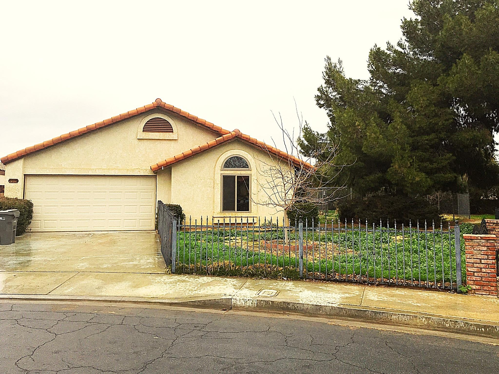 3513  Acorde Avenue, Palmdale, California
