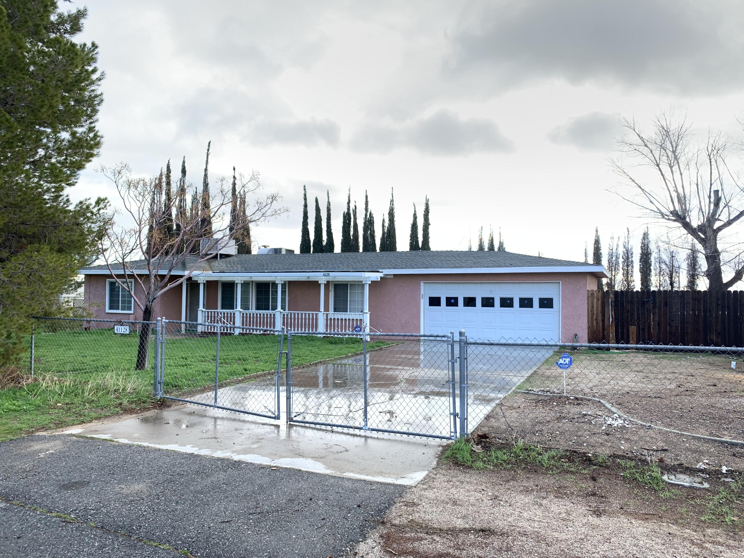 41128 W 13th Street, Palmdale, California