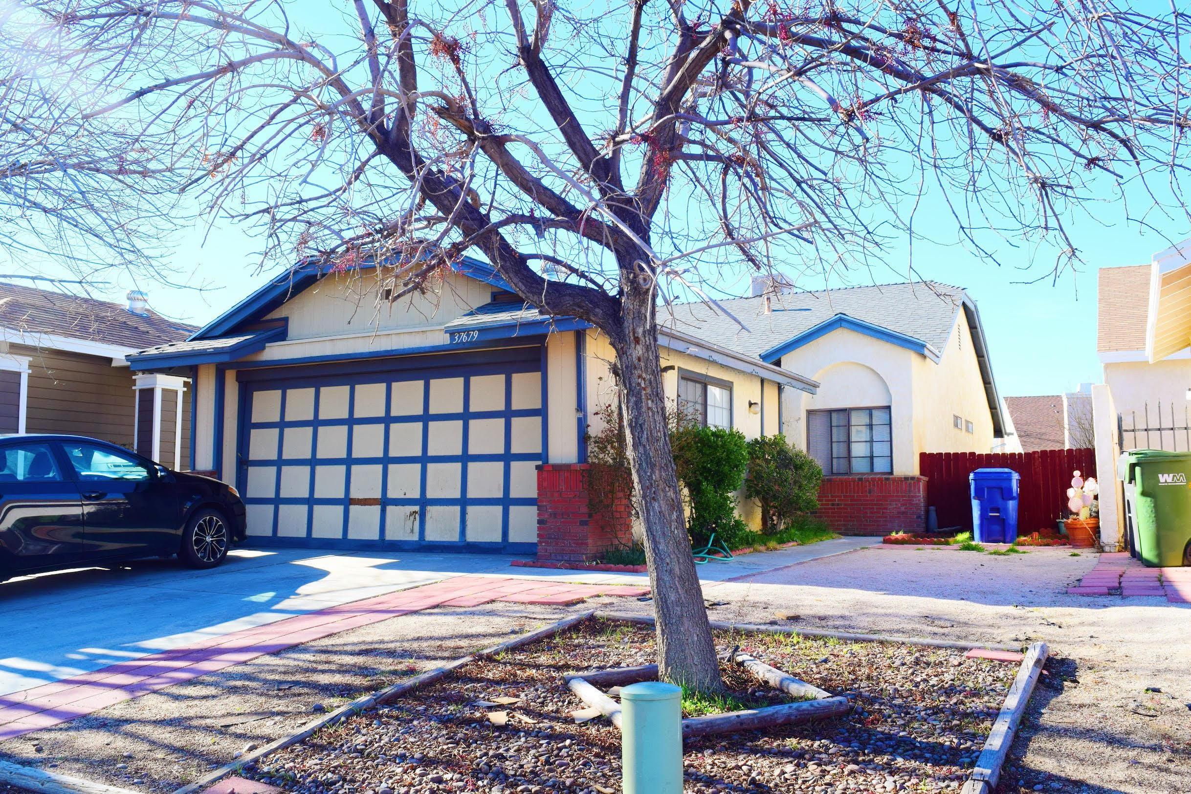 37679  Lasker Avenue, Palmdale, California