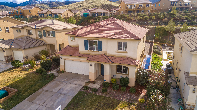 2714  Chicory Lane, Palmdale, California
