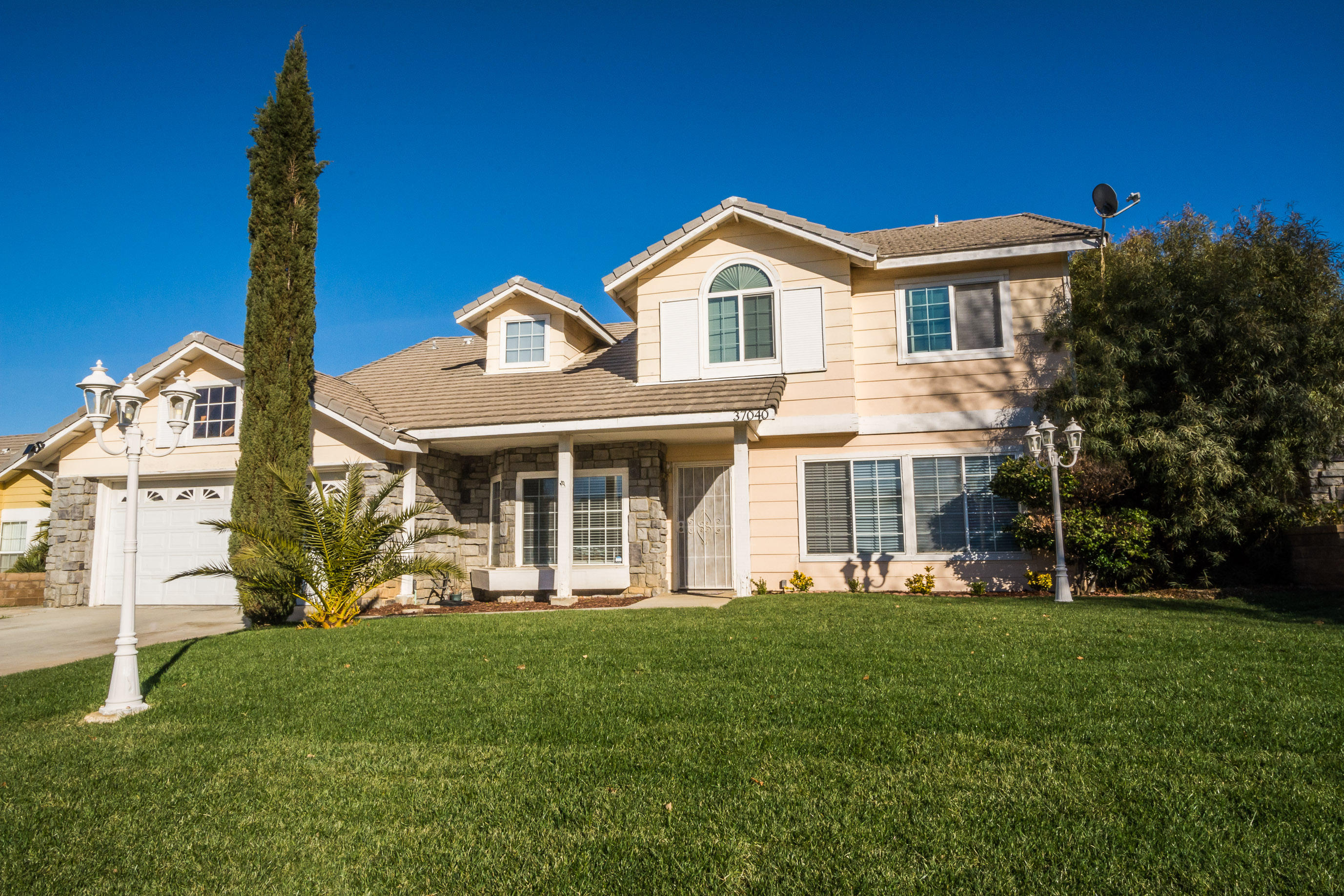 37040  Casa Grande Avenue, Palmdale in Los Angeles County, CA 93550 Home for Sale