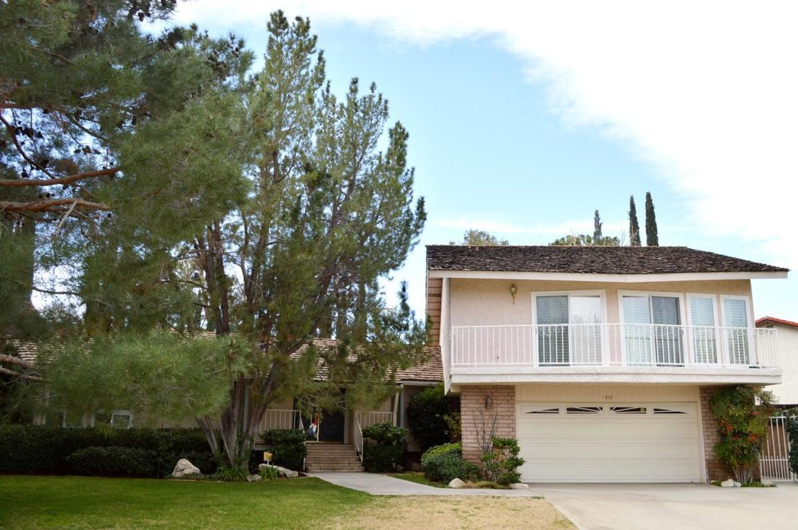 454  Fairway Drive, Palmdale, California