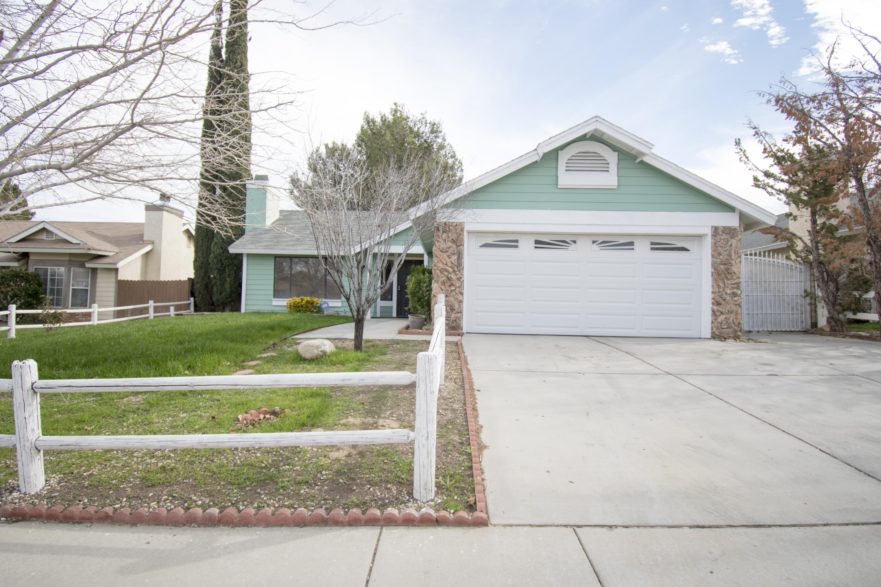 37044  Calle Grande, Palmdale in Los Angeles County, CA 93550 Home for Sale