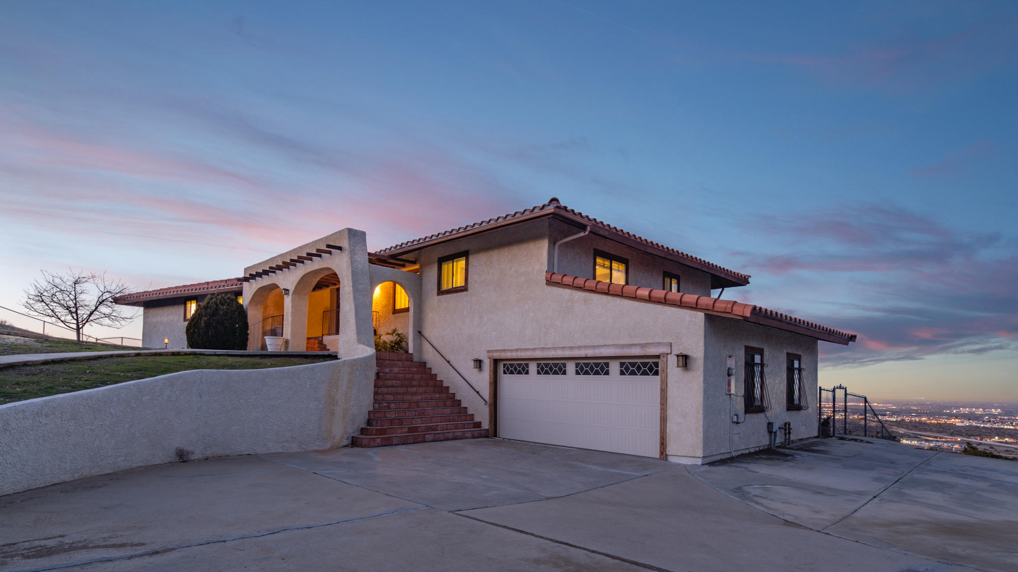 1055  Lakeview Drive, Palmdale in Los Angeles County, CA 93551 Home for Sale