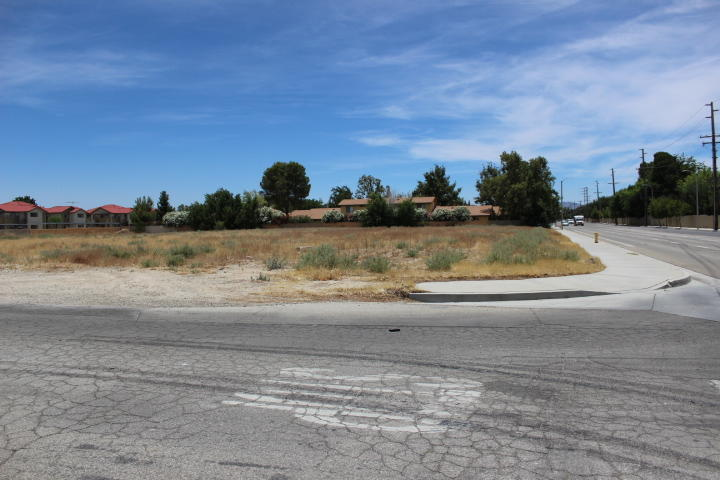 Cor 25th Stw Ave J4 Avenue, Lancaster, California