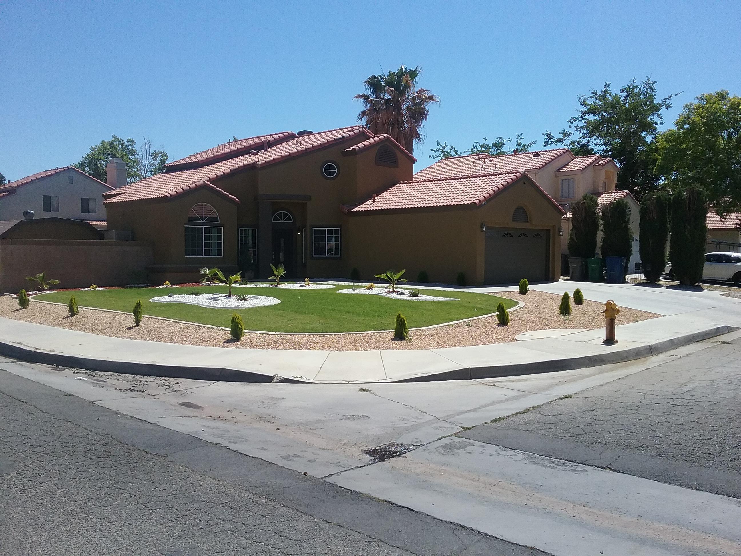 1772  Sierra View Avenue, Lancaster, California