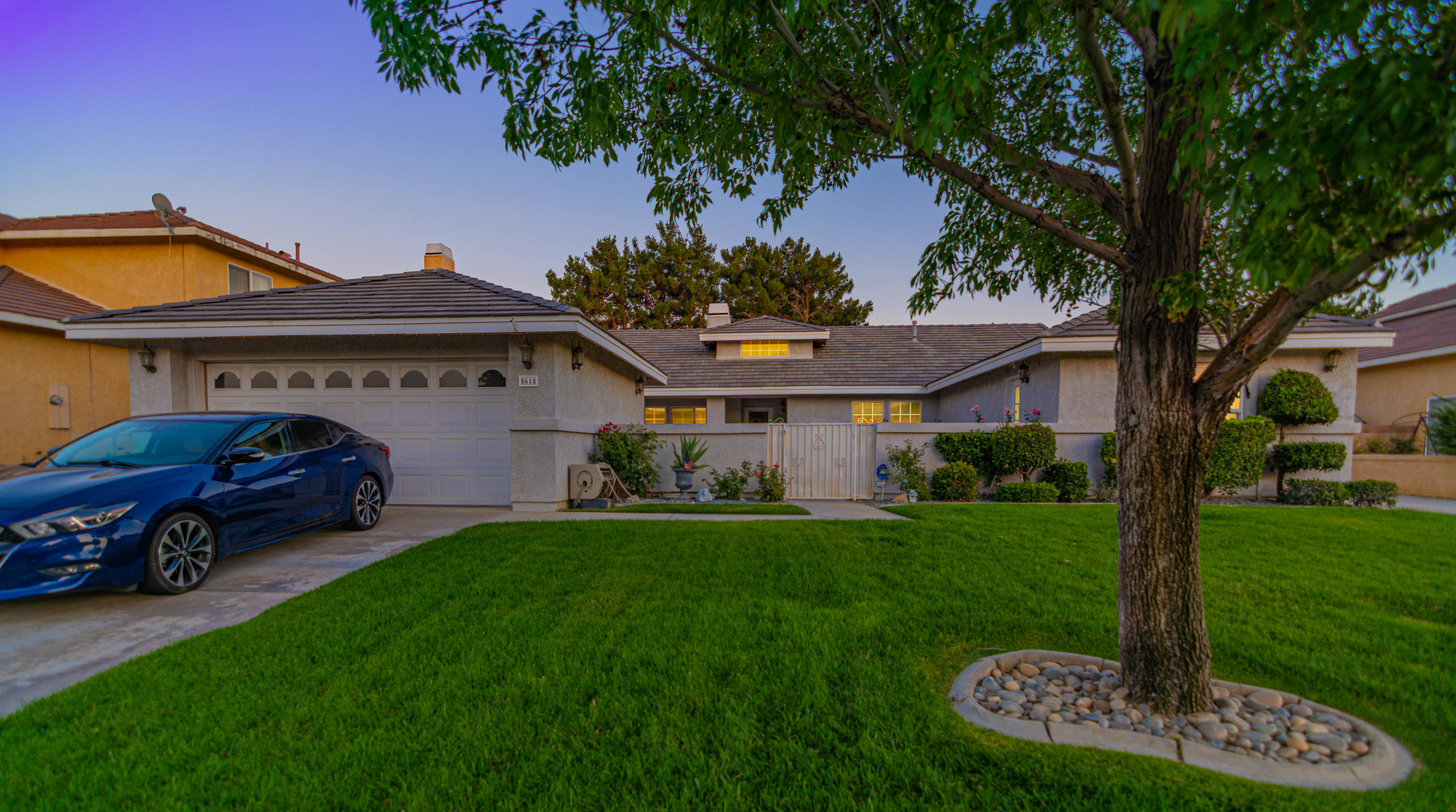 5618 W Avenue L1, Lancaster, California