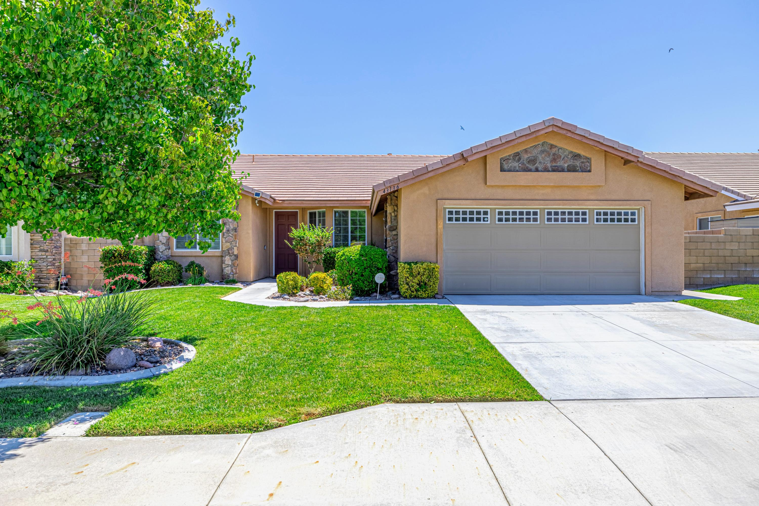 43136  28th St West, Lancaster, California