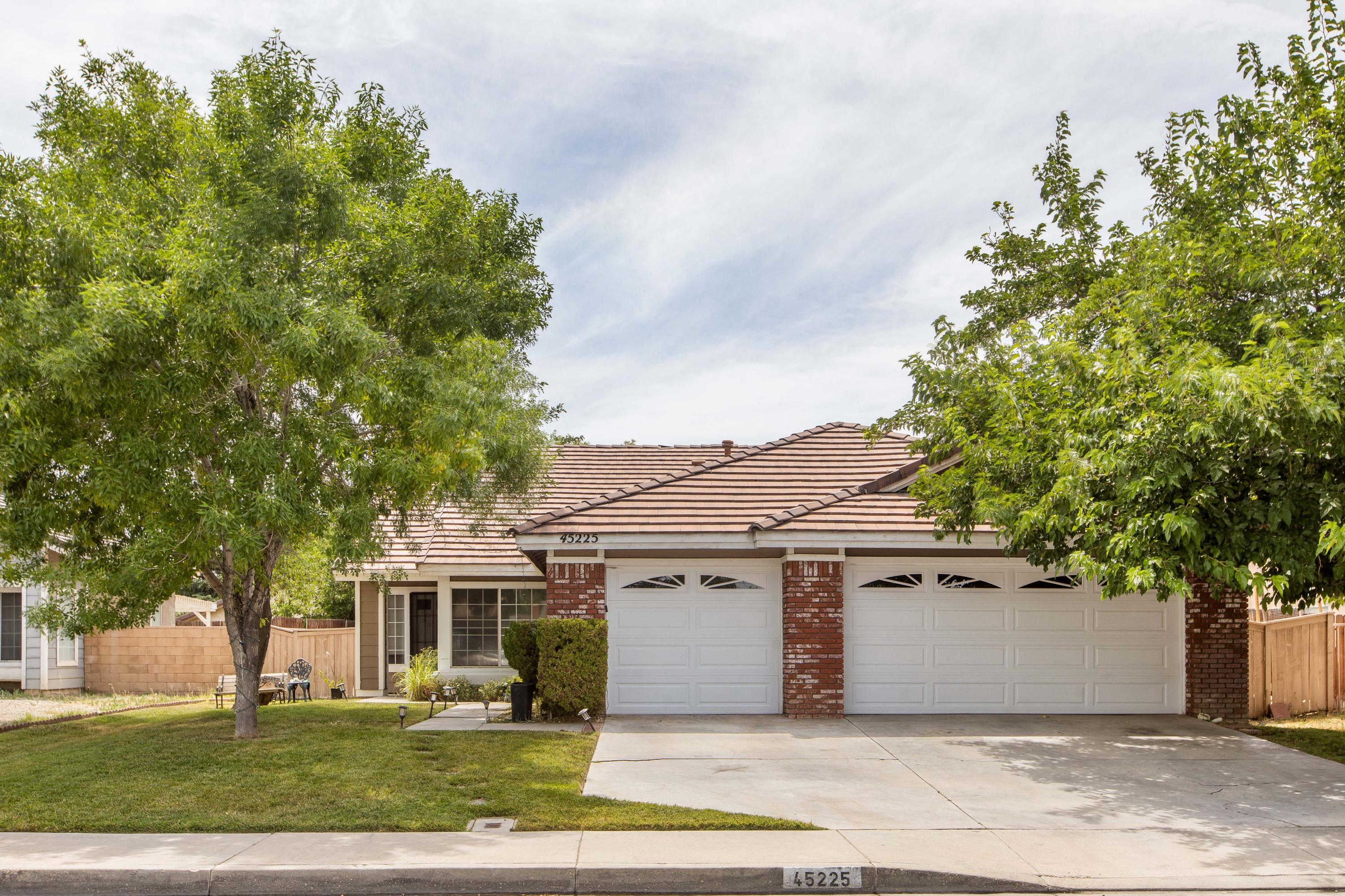 45225 W 17th Street, Lancaster in Los Angeles County, CA 93534 Home for Sale