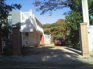 151 Naki St. A, Ordot-Chalan Pago, GU 96910