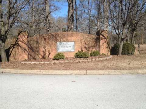 Photo of home for sale at 9815 Shoreline Heights, Soddy Daisy TN