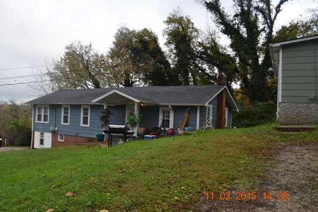 Photo of home for sale at 2552 Harrison, Chattanooga TN