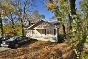 Property for sale at 215 Booth Rd, Chattanooga,  TN 37411
