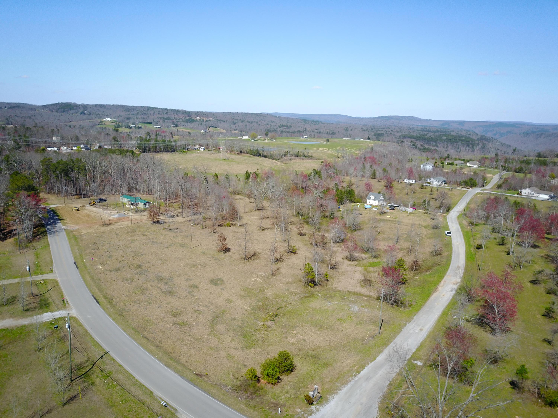 Photo of home for sale at 4 Hunter, Trenton GA
