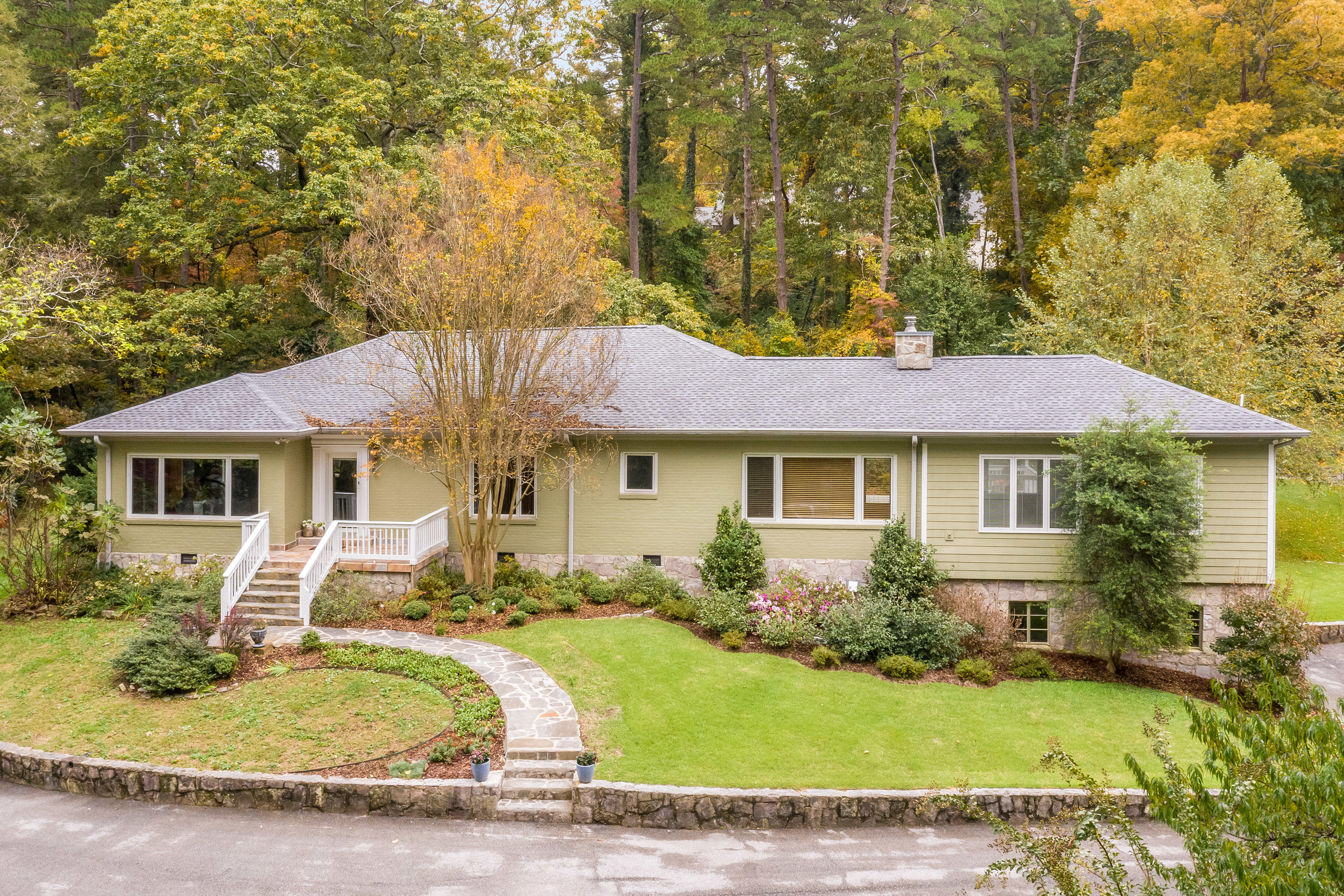 2  Minnekahda  Pl 37405 - One of Chattanooga Homes for Sale