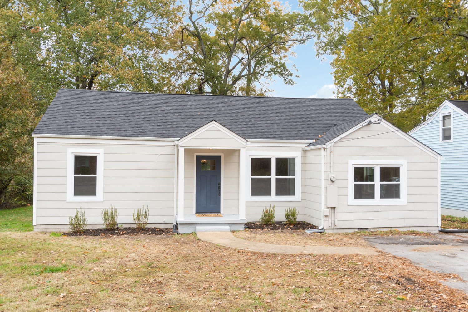 114 N Moore  Rd, Chattanooga in Hamilton County, TN 37411 Home for Sale