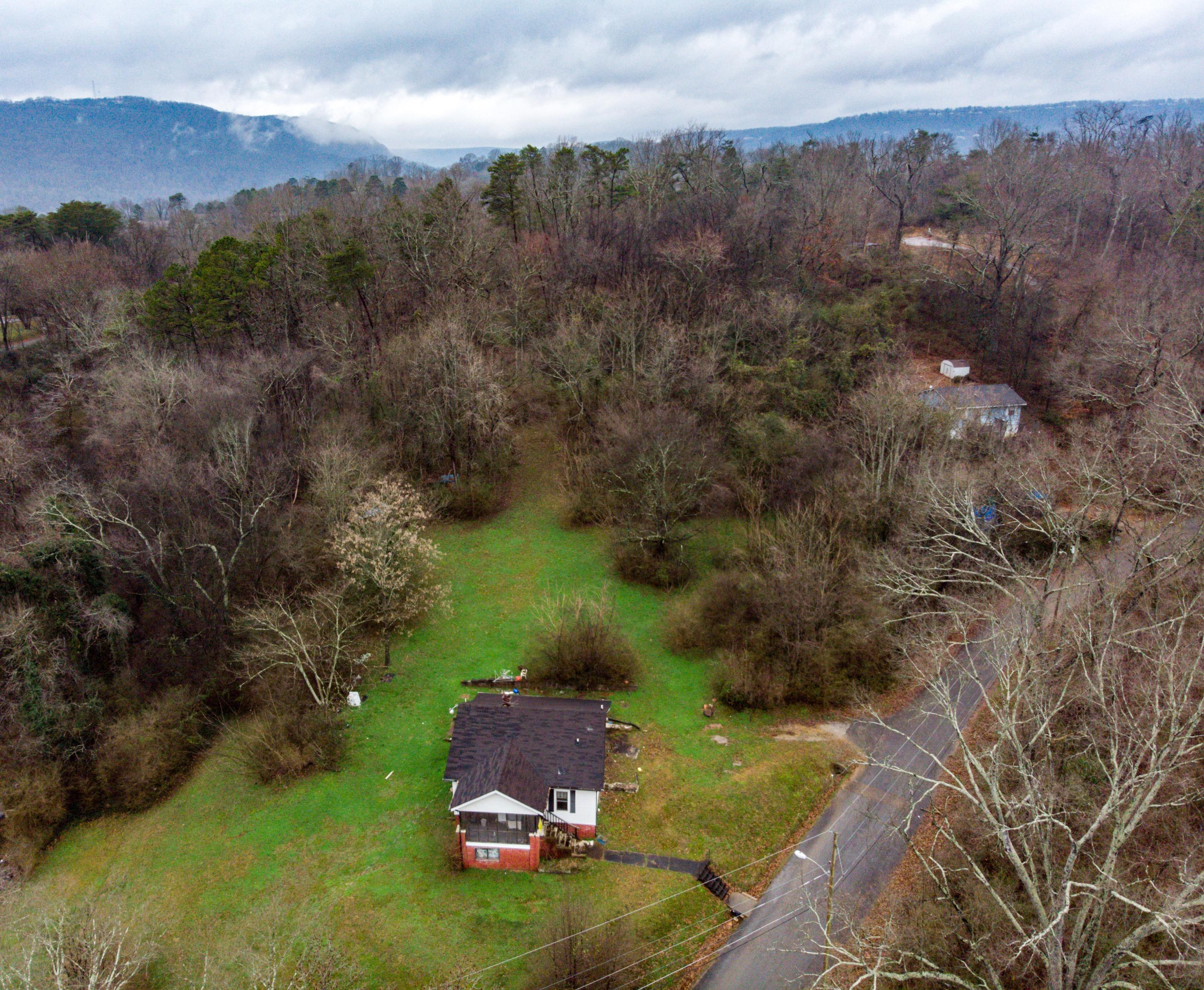 One of Chattanooga Homes for Sale at 1005  Beason  Dr