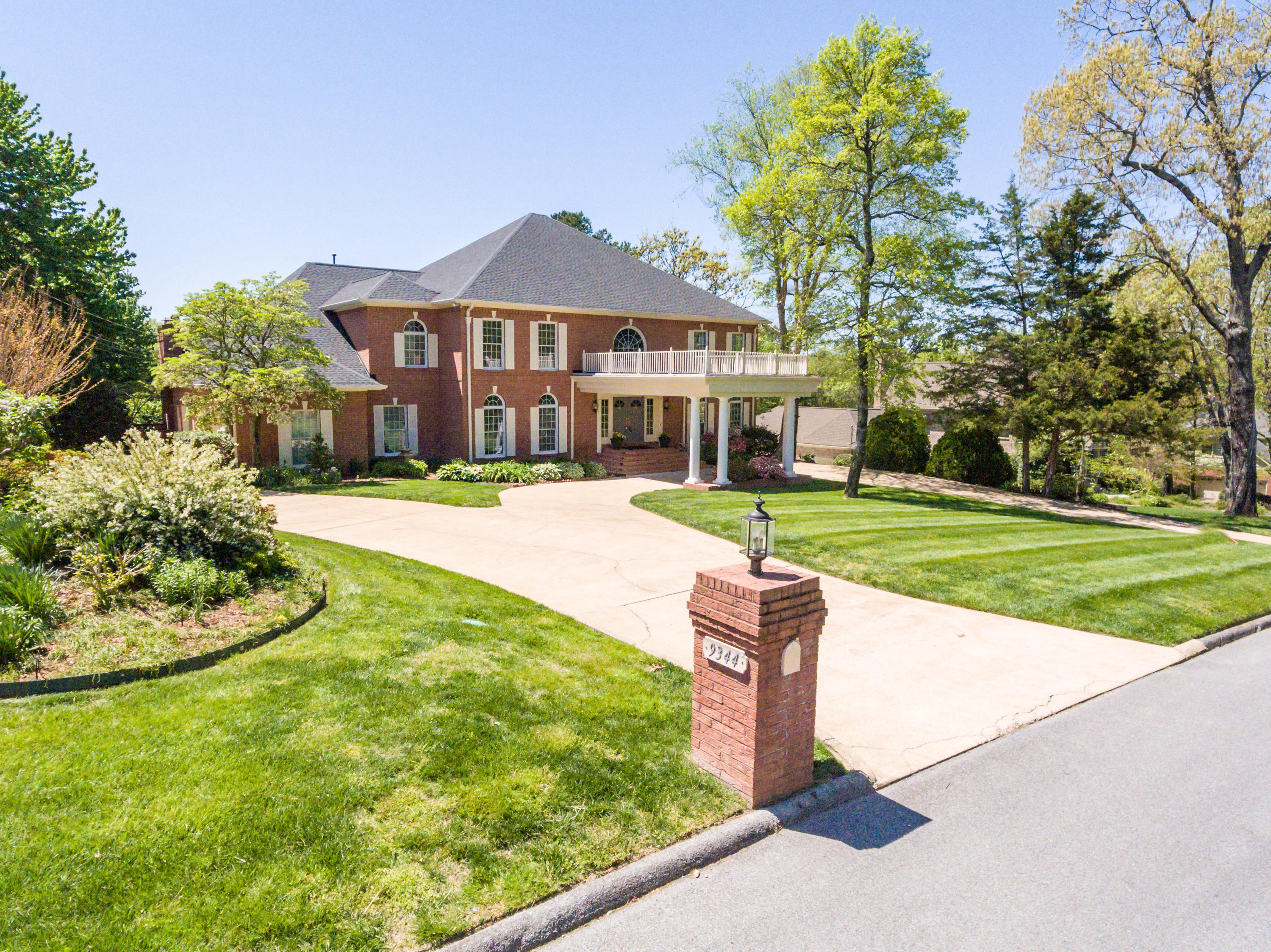 9344  Royal Mountain  Dr, Chattanooga, Tennessee