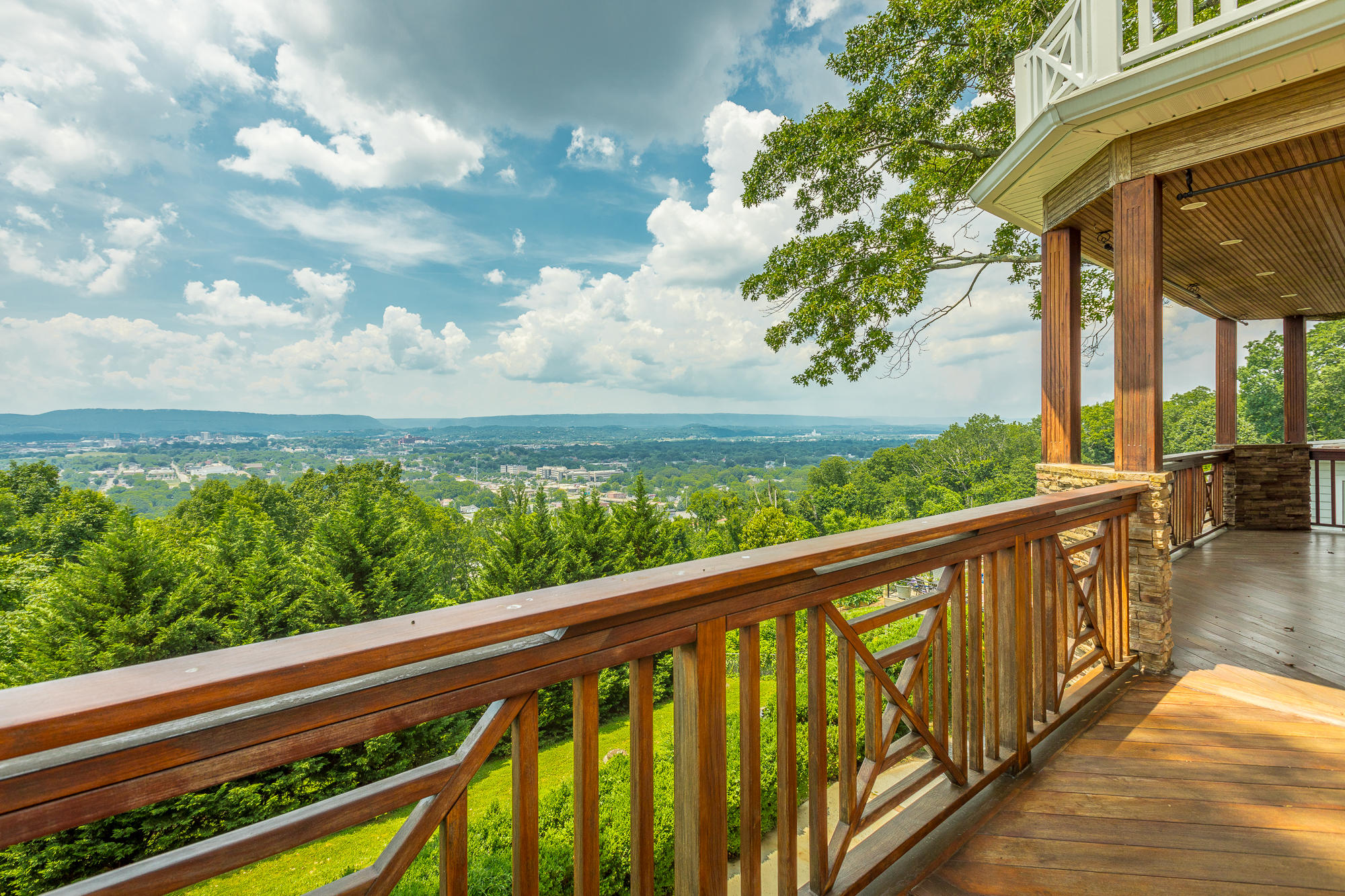 63 S Crest  Rd, Chattanooga, Tennessee