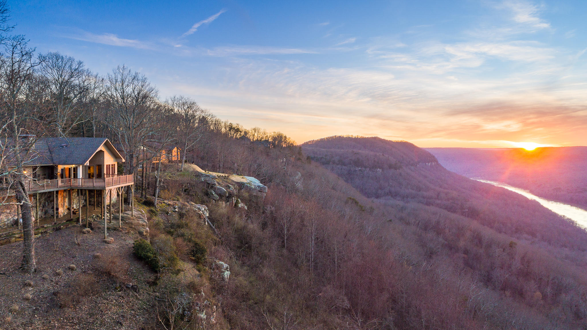 1023  River Bend  Dr, Chattanooga, Tennessee