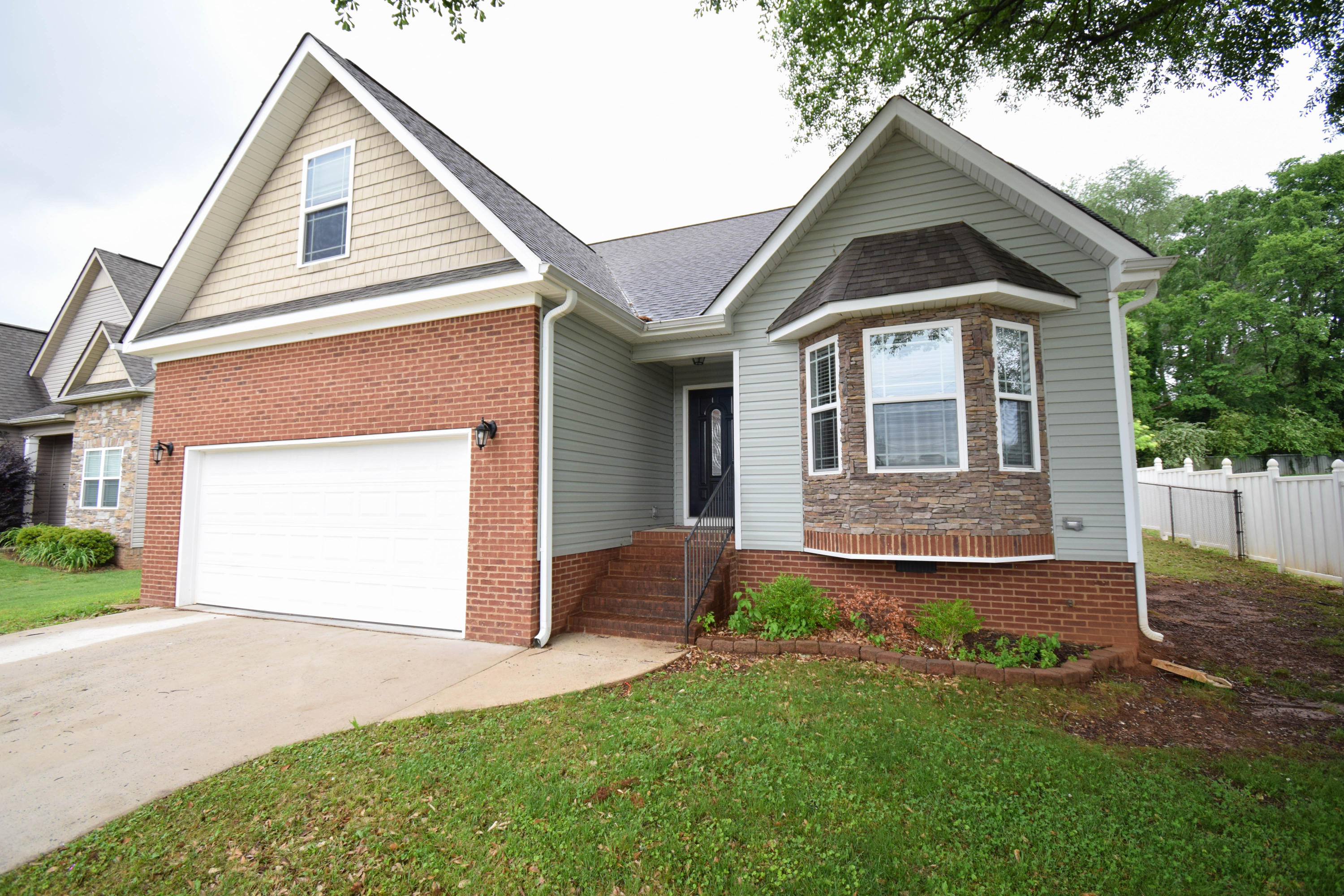 946  Dodie  Dr, Chattanooga in Hamilton County, TN 37421 Home for Sale