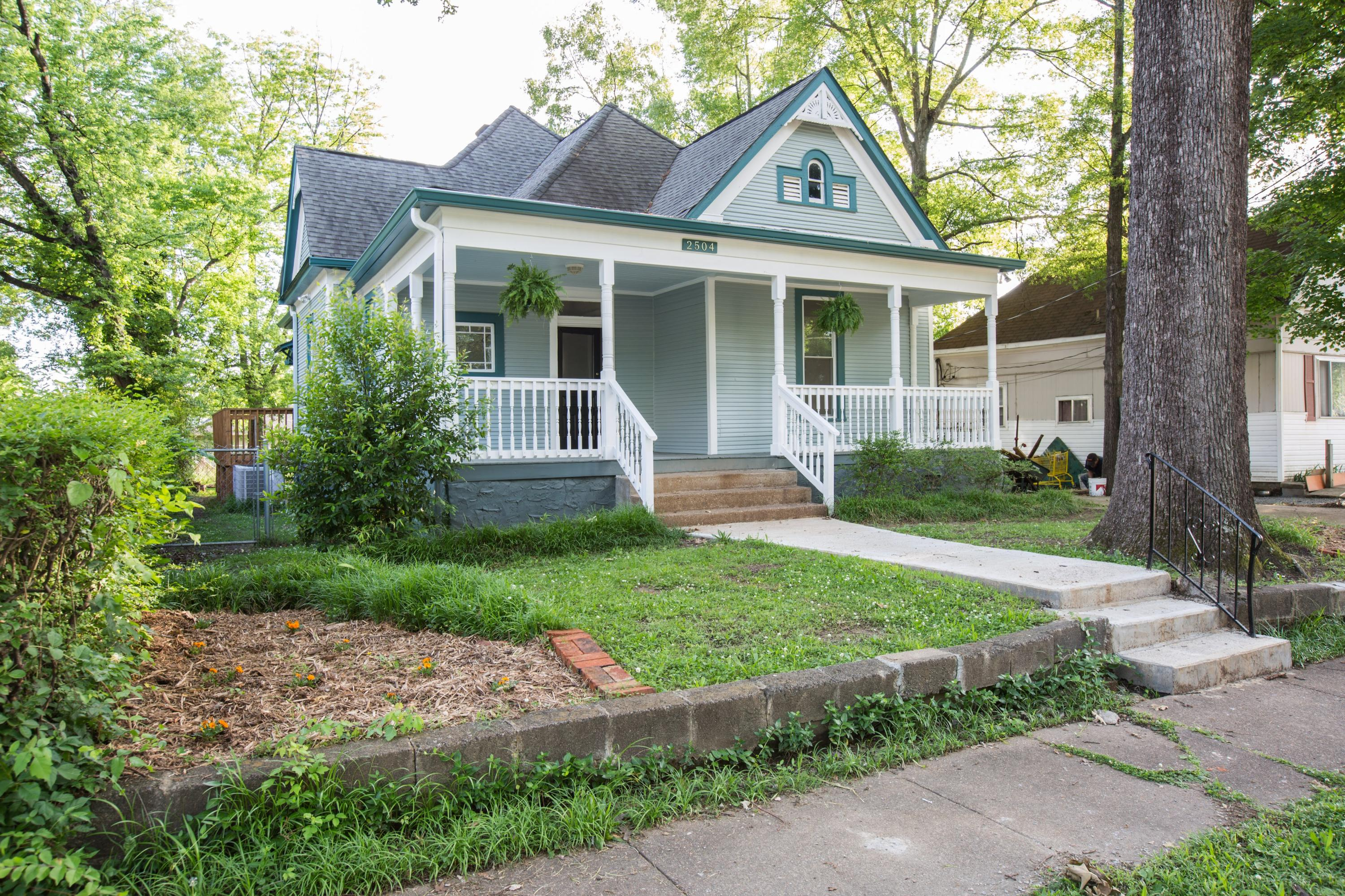 2504  Chamberlain  Ave, Chattanooga in Hamilton County, TN 37404 Home for Sale