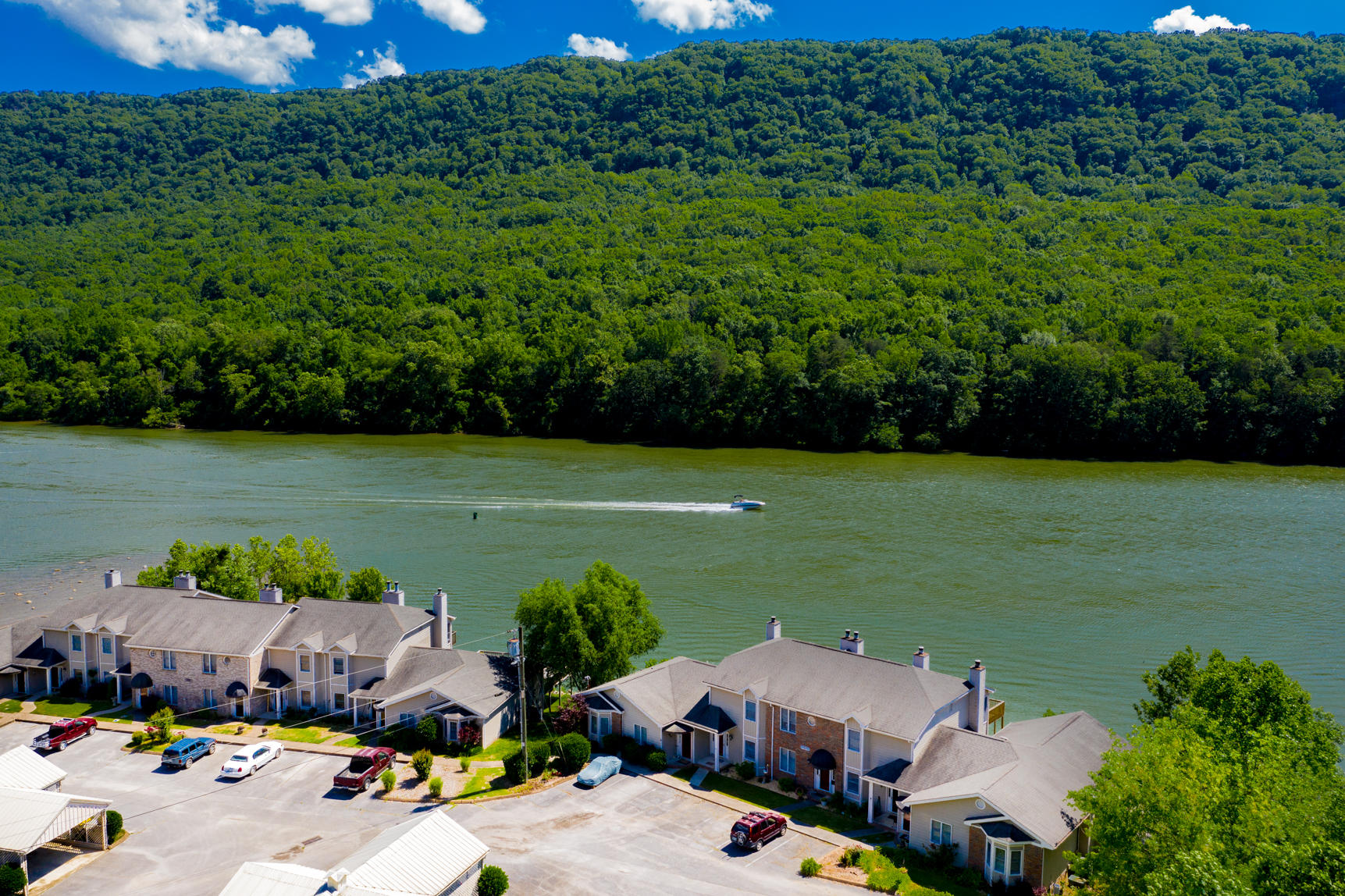 21926  River Canyon 502 Rd, Chattanooga, Tennessee