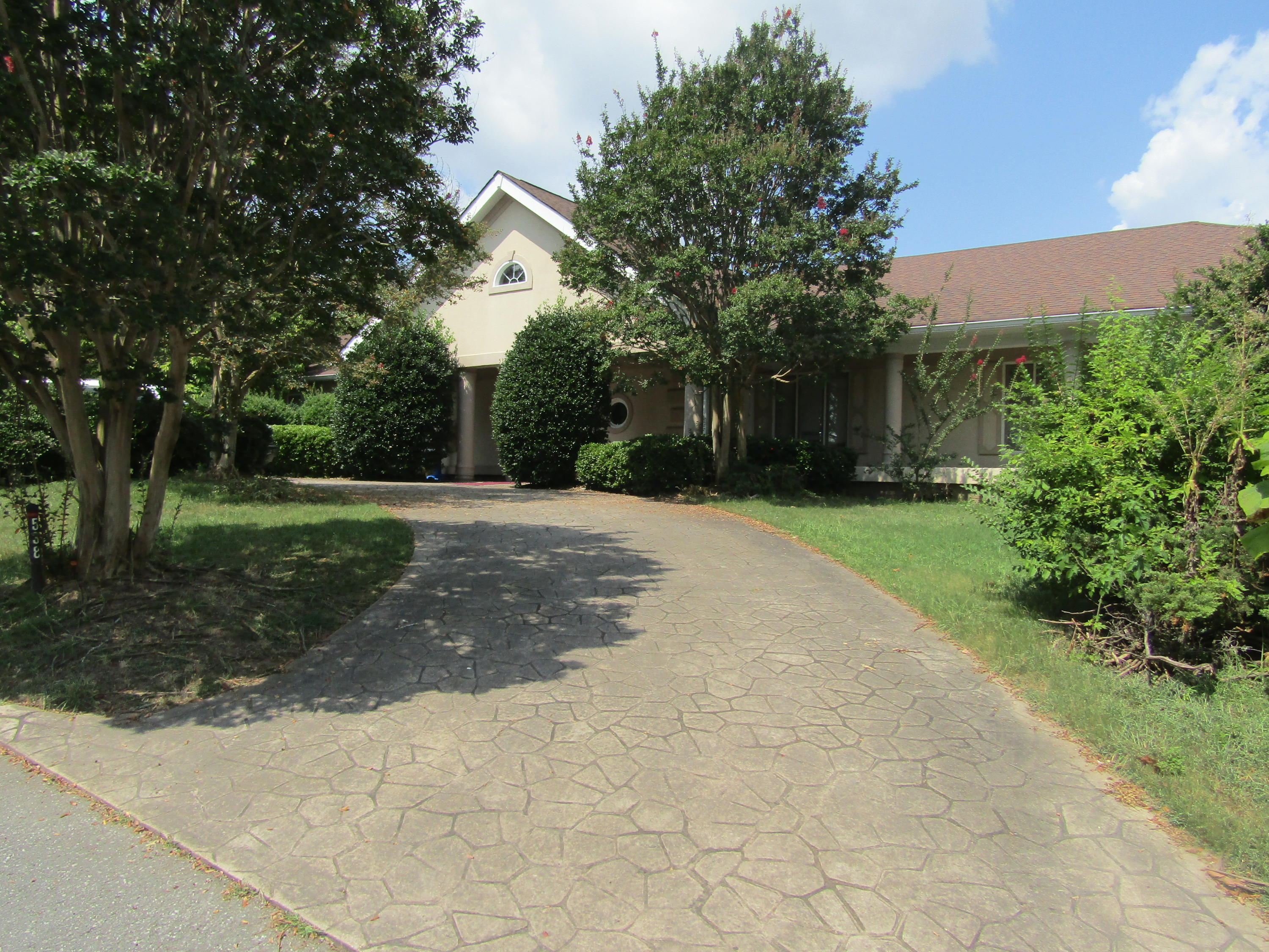 538 N Crest  Ct, Chattanooga in Hamilton County, TN 37404 Home for Sale