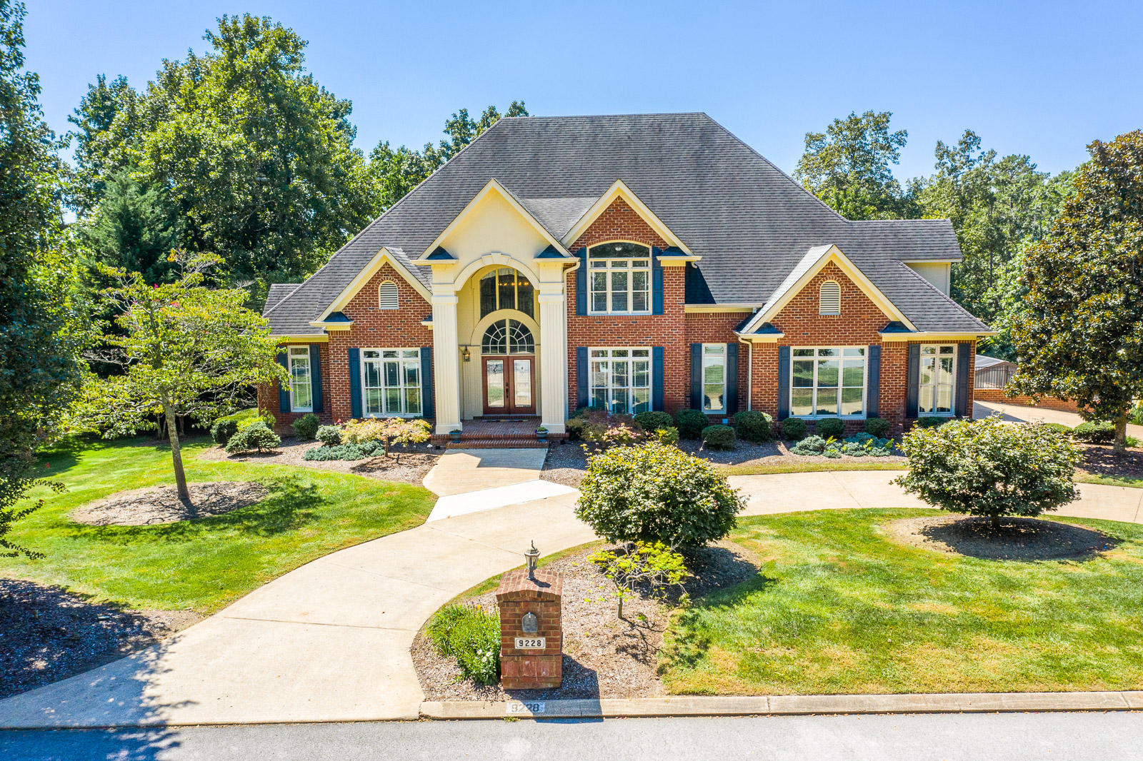 9228  Mountain Shade  Dr, Chattanooga in Hamilton County, TN 37421 Home for Sale