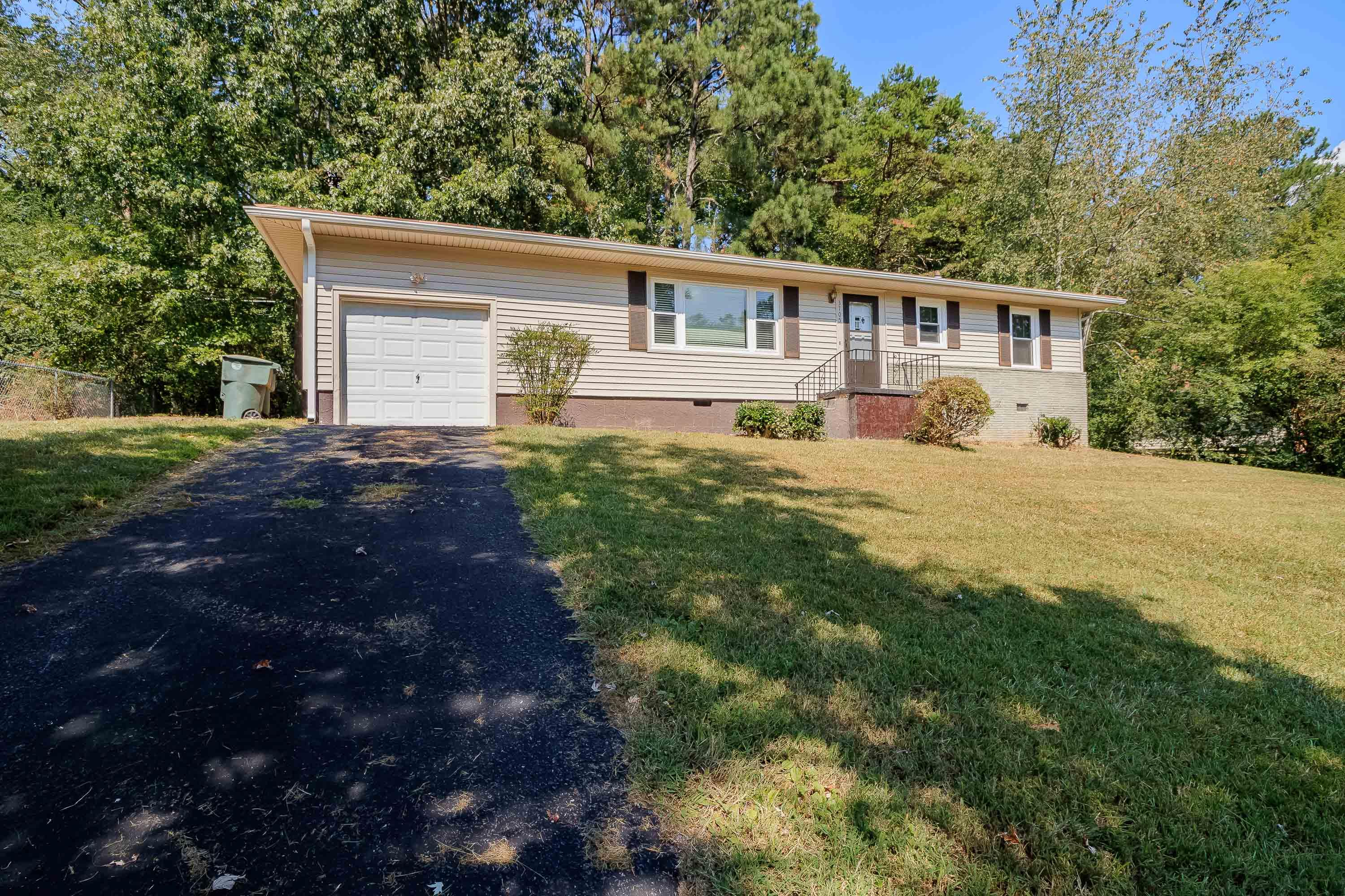 3705  Juandale  Dr, Chattanooga, Tennessee
