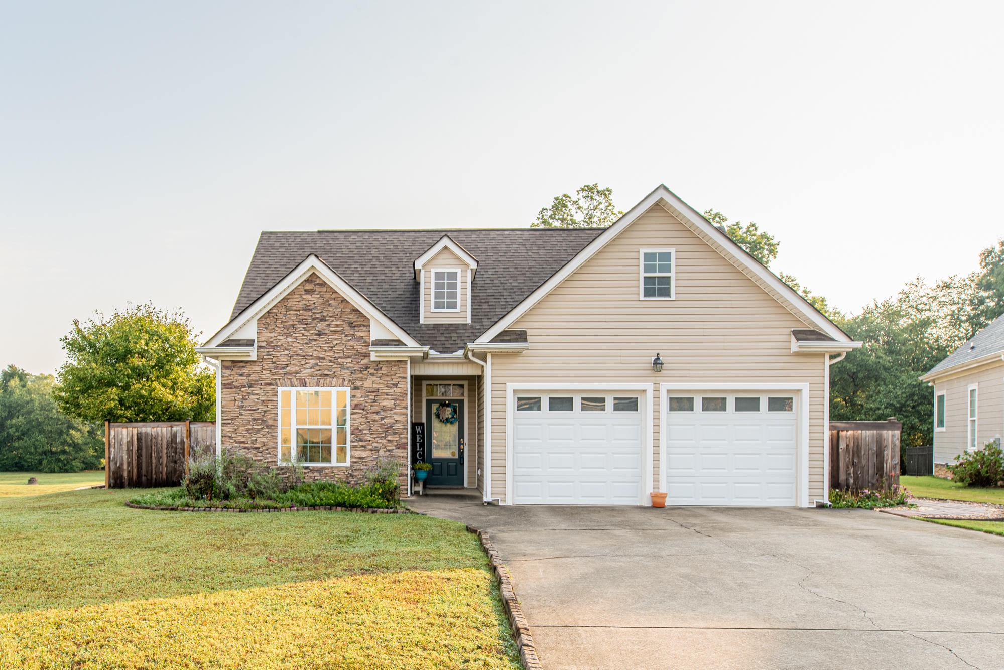 2324  Waterhaven  Dr, Chattanooga, Tennessee