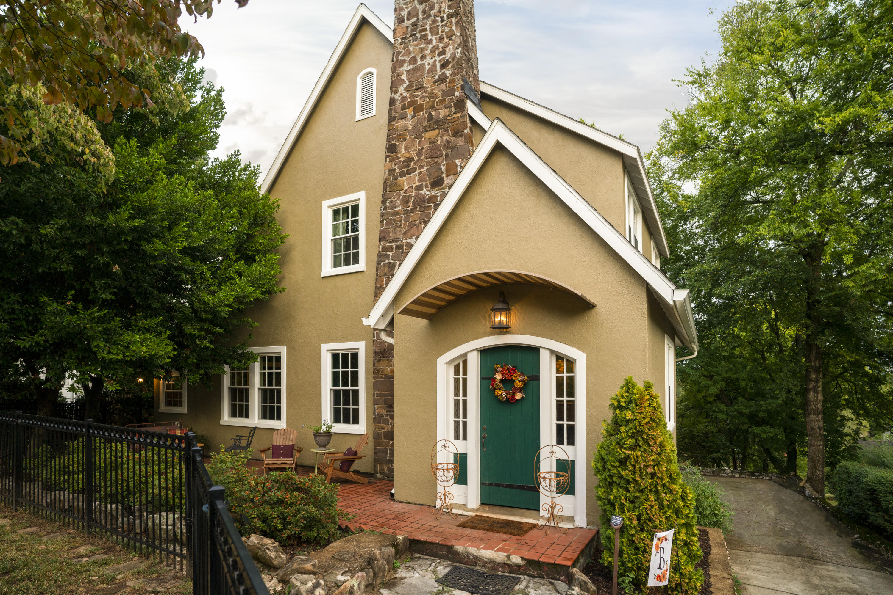 One of Chattanooga 5 Bedroom Homes for Sale at 82 S Crest  Rd