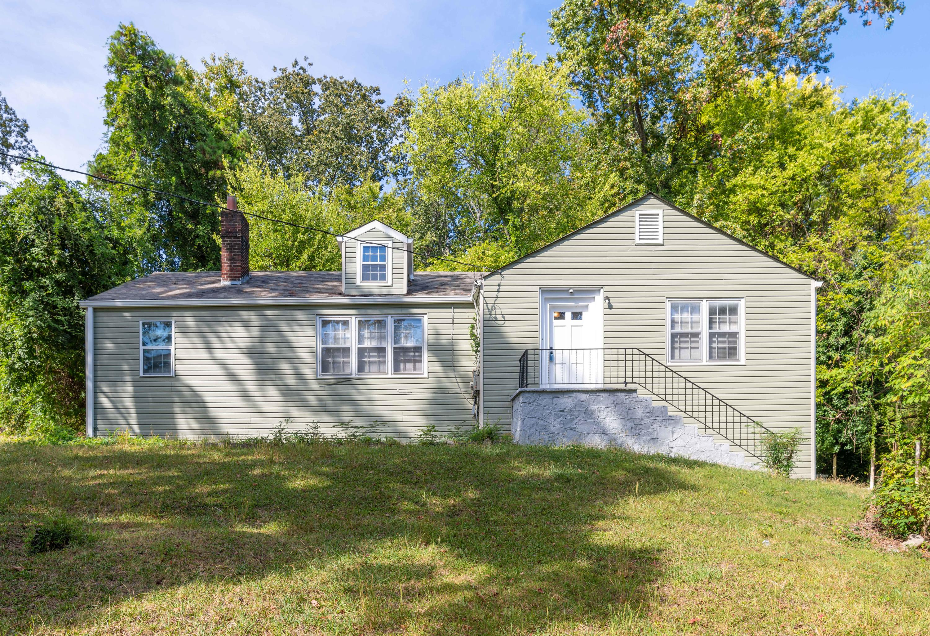 1201  Richard  Ave, Chattanooga in Hamilton County, TN 37404 Home for Sale