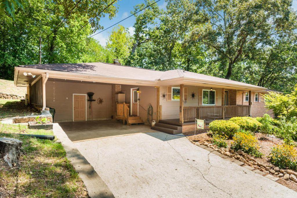 4806  Lake Haven  Dr, Chattanooga, Tennessee
