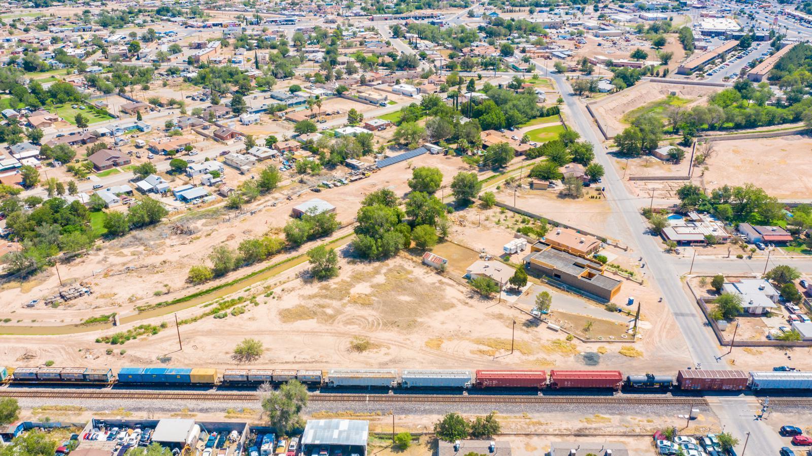 El Paso, Texas 79915, ,Land,For sale,812690