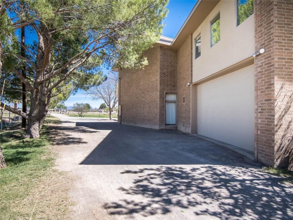 706 Bailey, El Paso, Texas 79932, 3 Bedrooms Bedrooms, ,4 BathroomsBathrooms,Residential,For sale,Bailey,823170