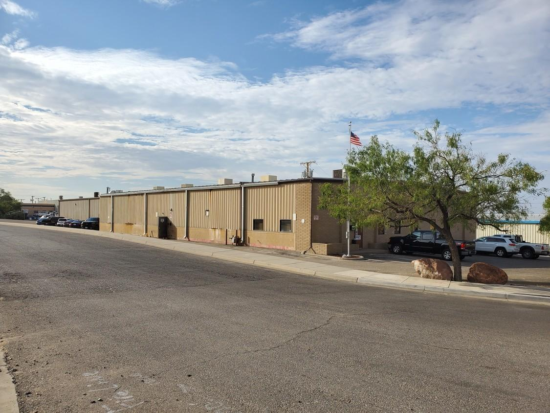 1210 Barranca Drive, El Paso, Texas 79935, ,Commercial,For sale,Barranca,823624
