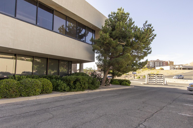124 Castellano Drive, El Paso, Texas 79902, ,Commercial,For sale,Castellano,824014