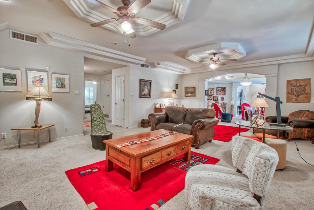 1064 CALLE PARQUE, El Paso, Texas 79912, 5 Bedrooms Bedrooms, ,3 BathroomsBathrooms,Residential,For sale,CALLE PARQUE,826494