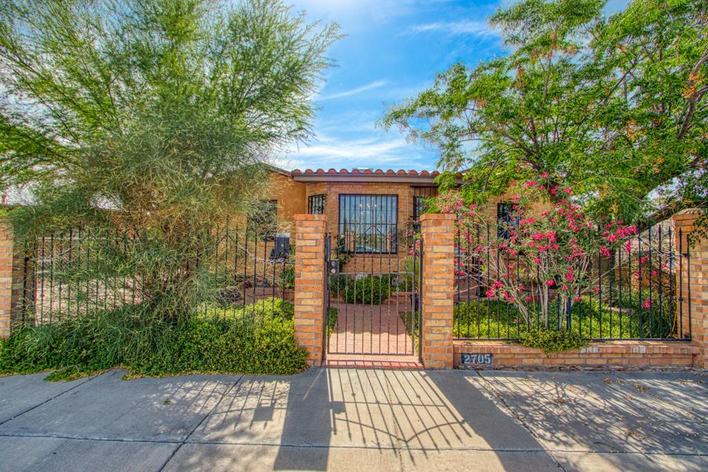 2705 SPARKMAN, El Paso, Texas 79930, 4 Bedrooms Bedrooms, ,2 BathroomsBathrooms,Residential,For sale,SPARKMAN,829213