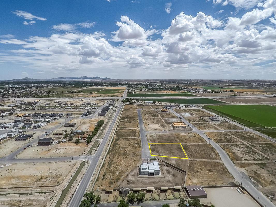 6325 Camino Pinon, El Paso, Texas 79932, ,Residential,For sale,Camino Pinon,830343