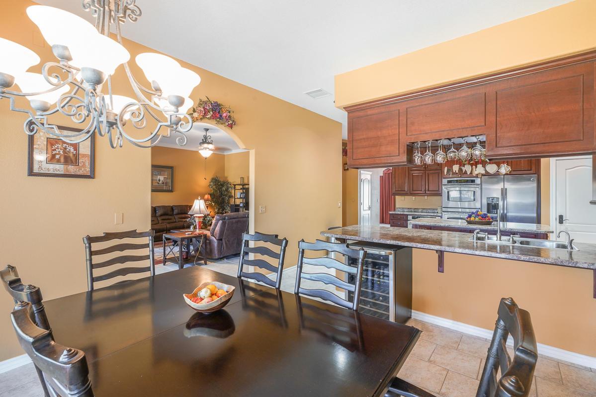 6556 LARAMIE RIDGE, El Paso, Texas 79912, 6 Bedrooms Bedrooms, ,3 BathroomsBathrooms,Residential,For sale,LARAMIE RIDGE,831215