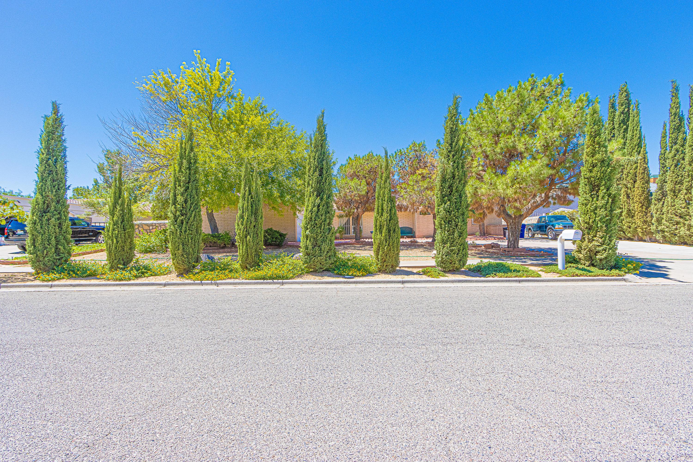 1617 TOMMY AARON, El Paso, Texas 79936, 4 Bedrooms Bedrooms, ,3 BathroomsBathrooms,Residential,For sale,TOMMY AARON,831459